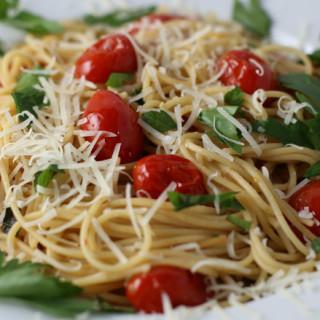 Pan Roasted Tomatoes and Garlic Pasta
