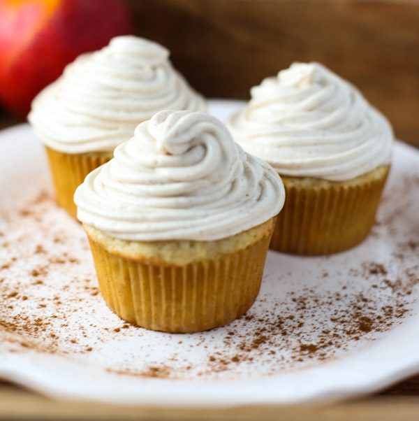 how to make cinnamon cream cheese frosting