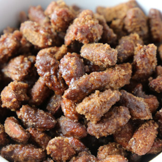 Slow Cooker Cinnamon Candied Almonds
