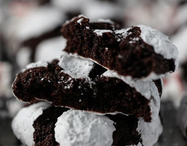 Chocolate Mint Crinkles | Tabs & Tidbits