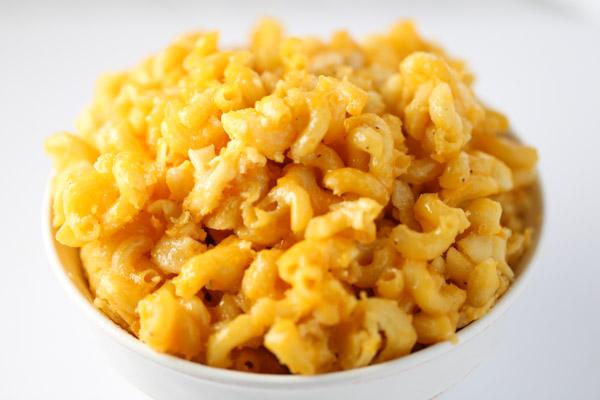 Slow Cooker Macaroni & Cheese