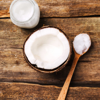Coconut Oil Treatment for Your Hands and Nails