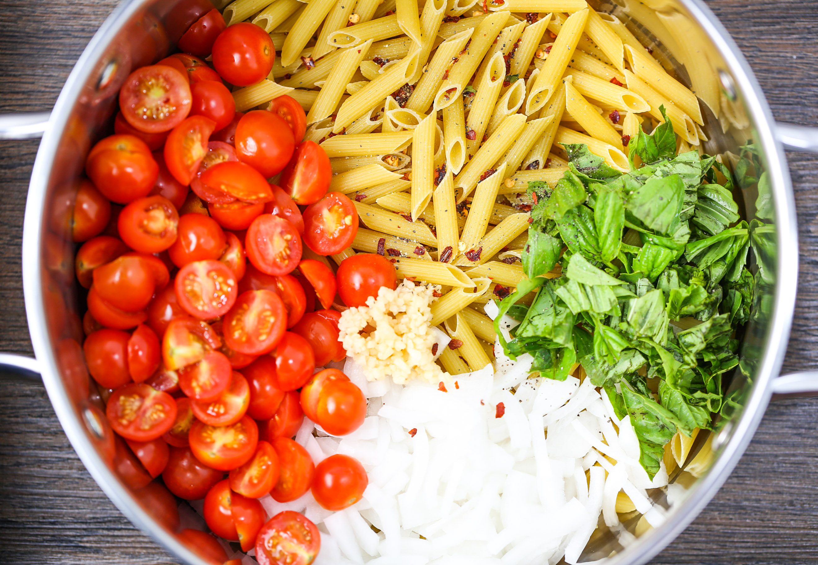 One Pot Pasta with Tomatoes & Basil