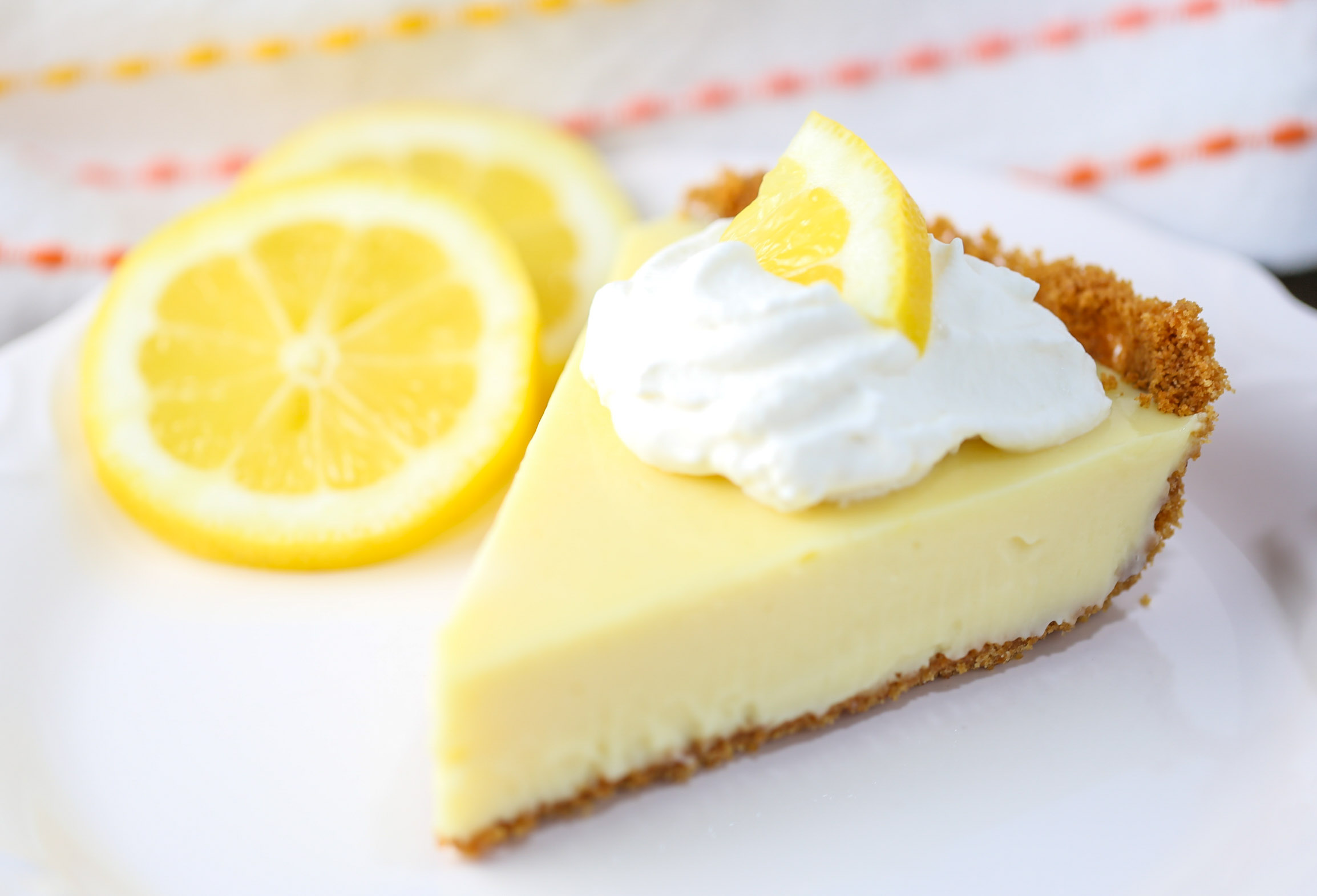 Lemon Pie Filling Cake