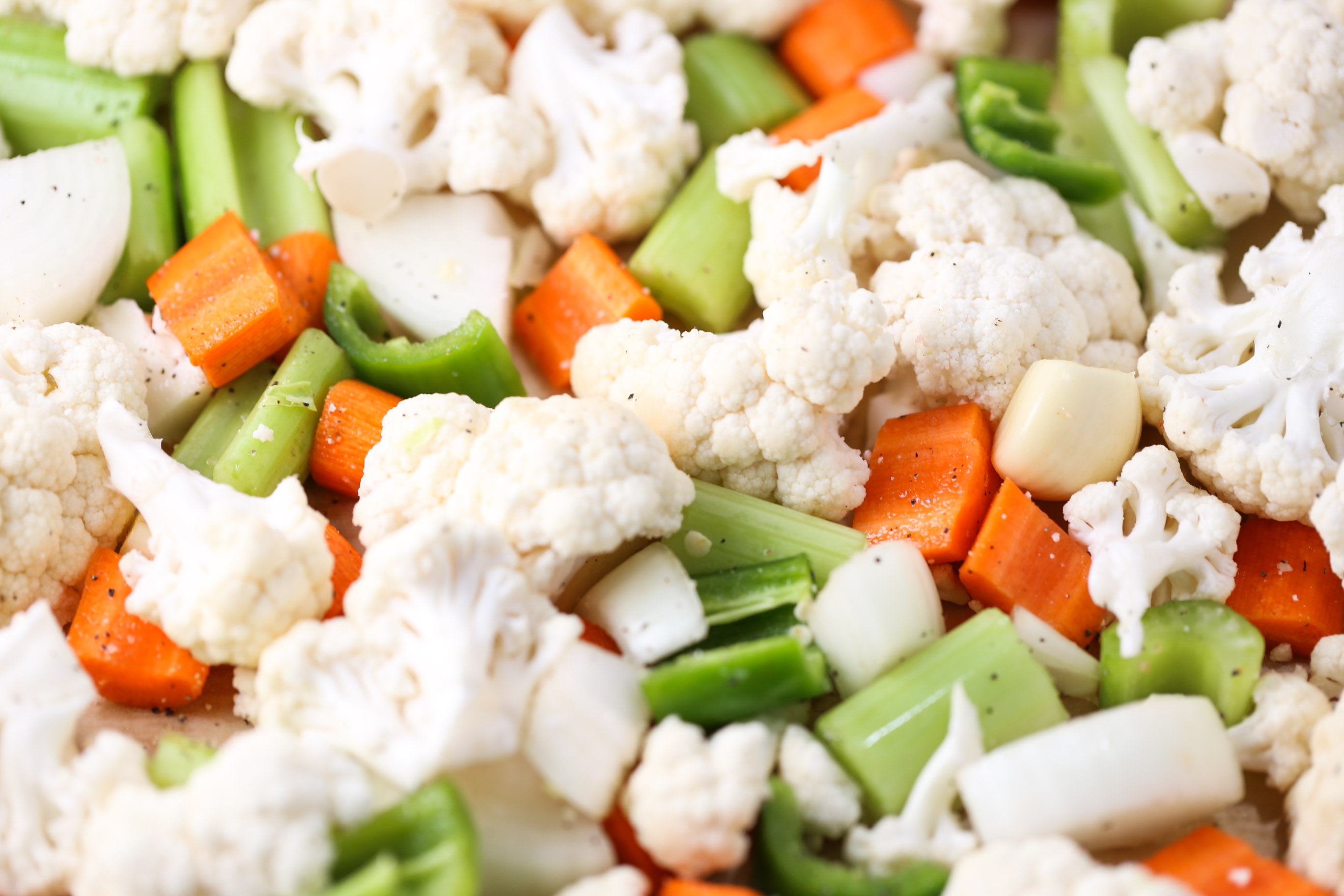 Roasted Cauliflower Thyme Soup