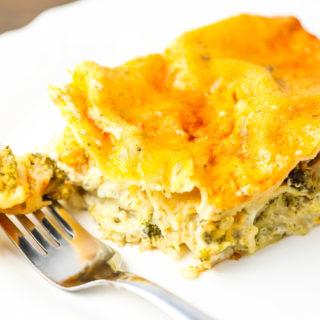 Slow Cooker Broccoli Cheddar Lasagna