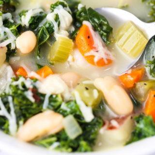 Veggie Bean Kale Soup
