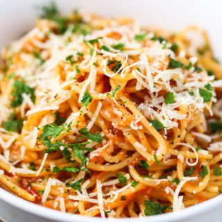 One Pot Creamy Spaghetti
